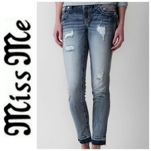 25 Miss Me Ankle Skinny Distressed Jean Raw Hem